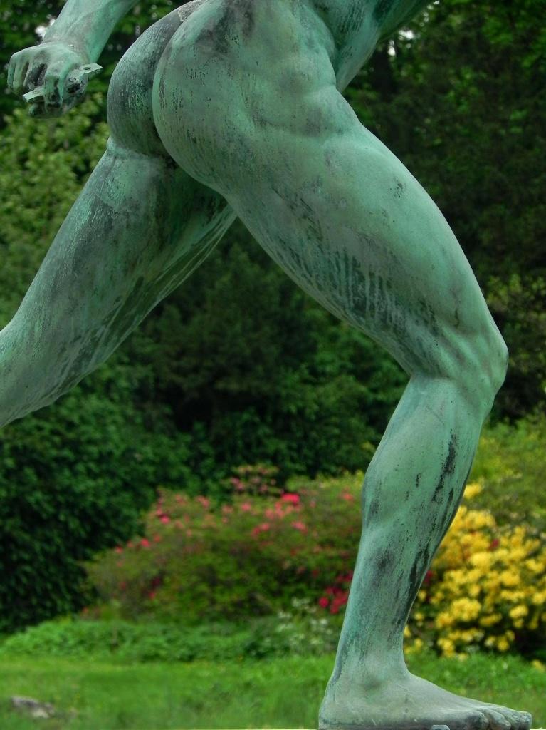 Jambe de bronze