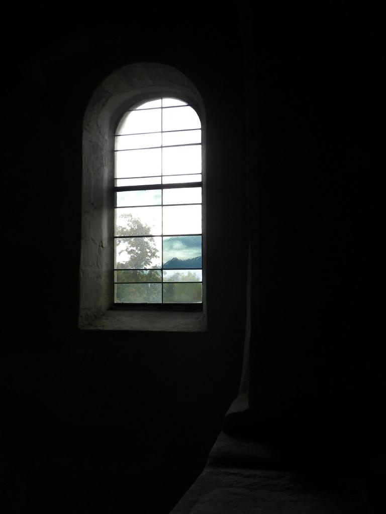 Obscur au vitrail